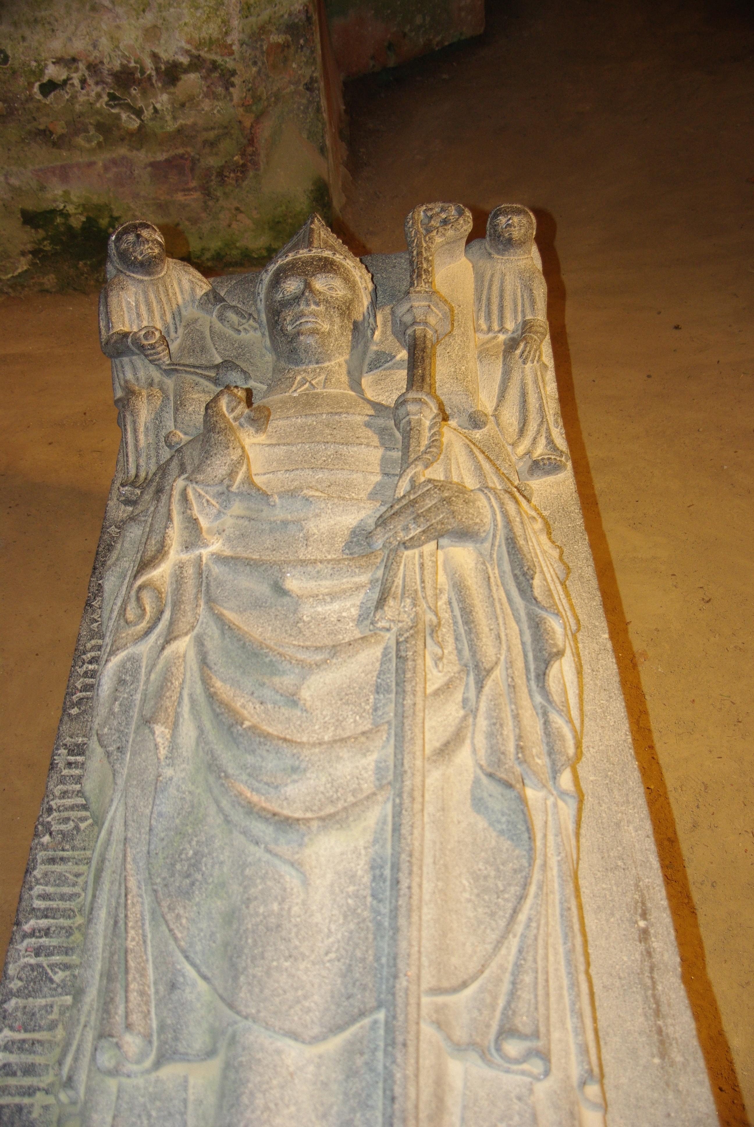 gisant de St Jaoua