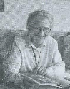 Anna Vari Arzur