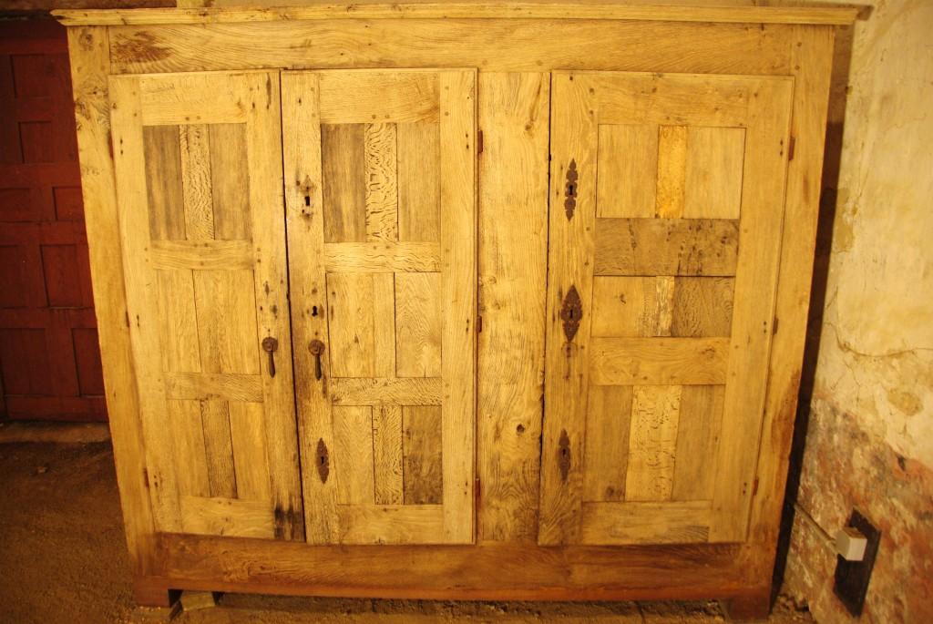 armoire de la fabrique